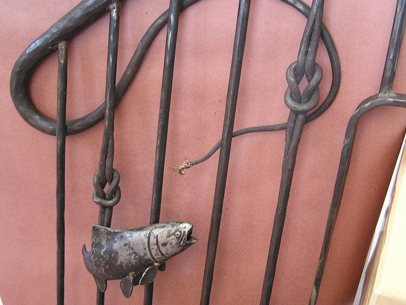 fish-hand-railing-detail2