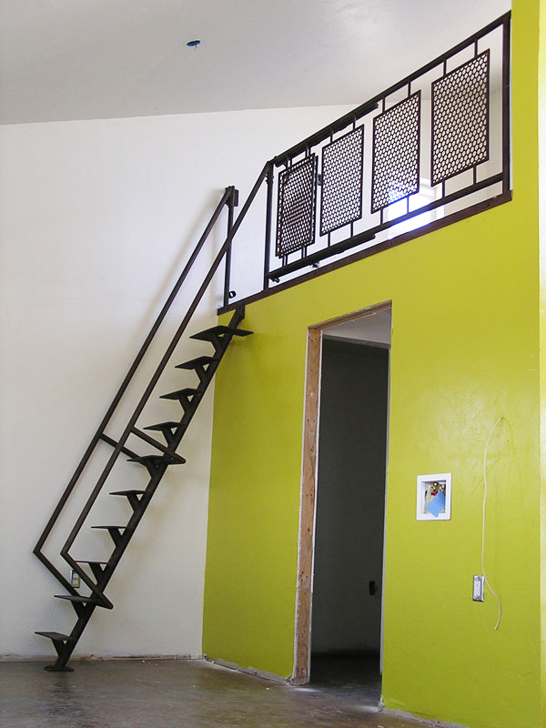 hand-railing-loft-ladder-and-rail