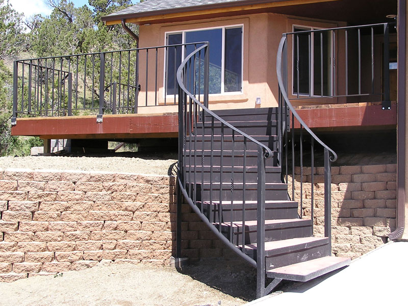railing-curving-staircase