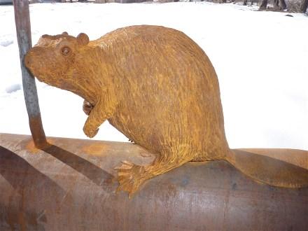 beaver-sculpture